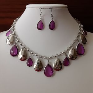 Pretty Purple And Silver Necklace And Earring Set